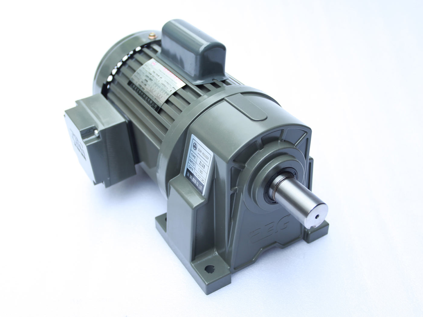 单相卧式双值电容齿轮减速电机
